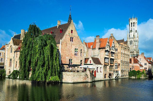 belgium-bruges-dijver-architecture